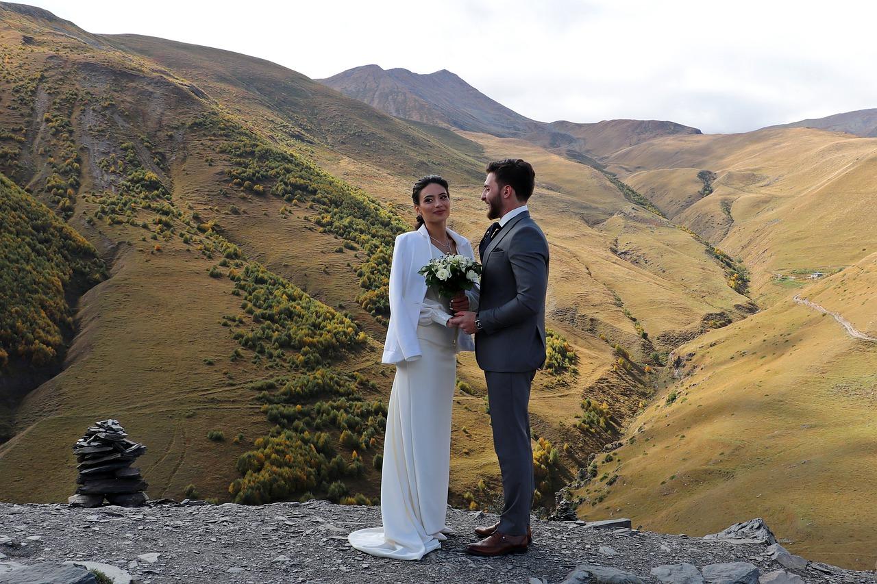 Buty do ślubu w górskich plenerach